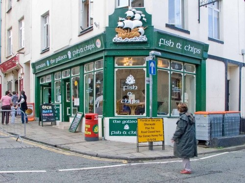 galleon_fish_and_chip_shop_conwy-_-_geograph-org-u