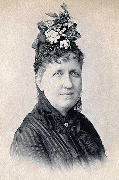 Isabel_Princess_Imperial_of_Brazil_c_1887.jpg