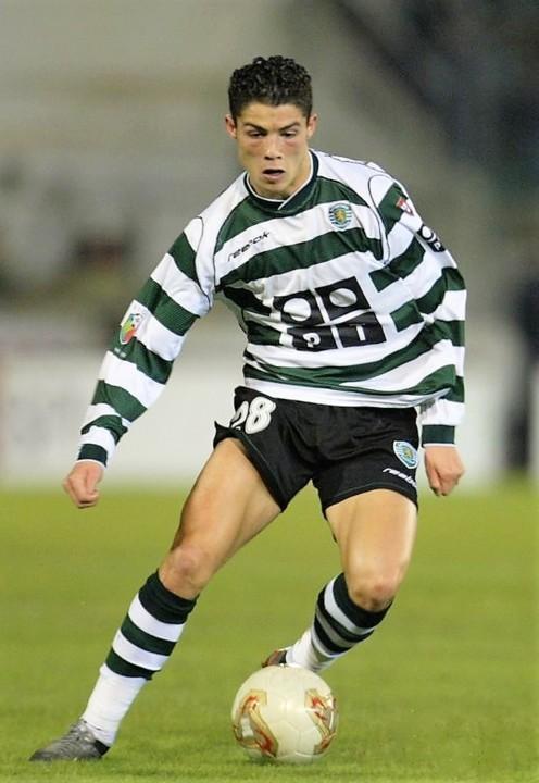 Cristiano Ronaldo SCP 2002-03.jpg