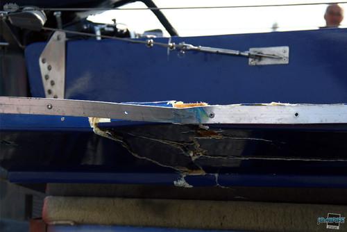 GP Motonautica (143) Tirar T850 - Barco danificado