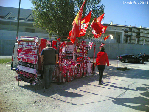 Naval x Benfica 2011-04-10 Cachecóis e Bandeiras