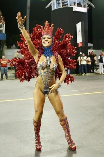 Sabrina Sato 5 (Carnaval S.Paulo 2018).jpg