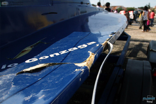 GP Motonautica (142) Tirar T850 - Barco danificado
