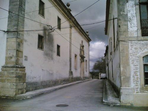 Convento de Tentúgal: Rua lateral