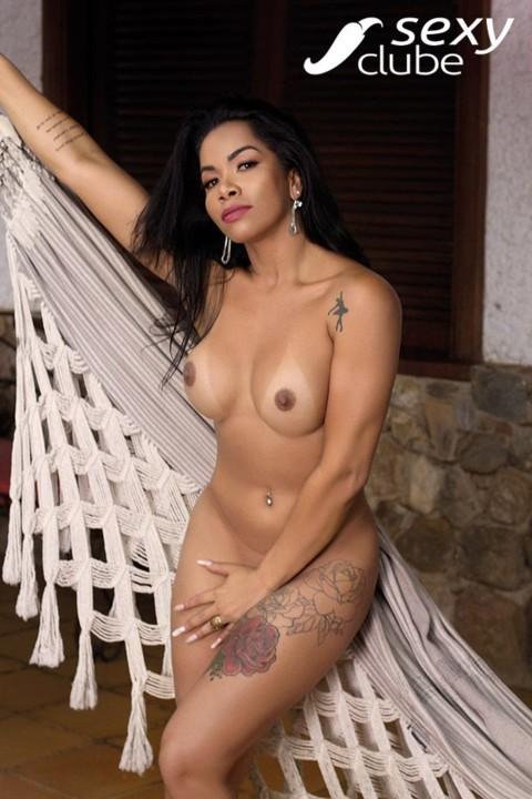 Myrella Santos 3.jpg