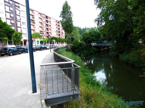 Jardim do Polis Leiria (Este) - Rio Lis e ponte Este (1) [en] Polis Garden of Leiria, Portugal