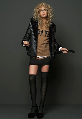 stradivarius-fierce-sporty-1.jpg