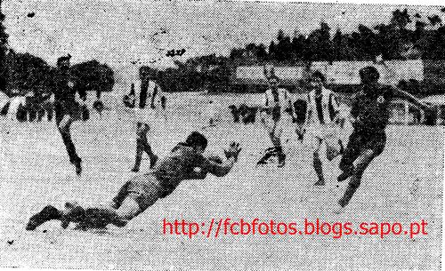 1955-56-torreense-fcb-isidoro contra os irmãos me