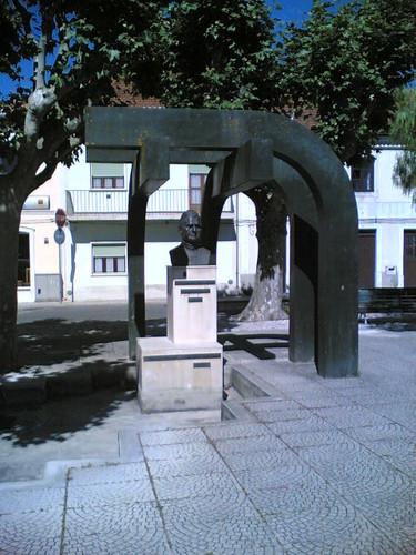 Cantanhede: Estátua