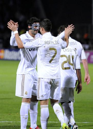 LC:Lyon-Real 11/12