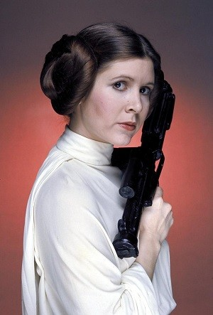Princess_Leia's_characteristic_hairstyle.jpg