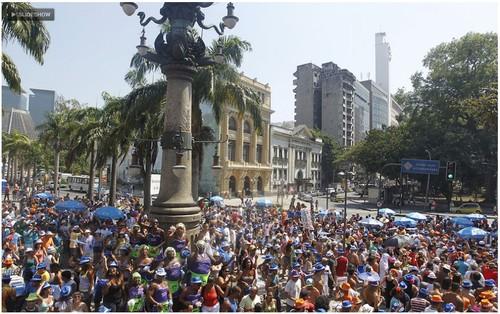 Quizomba arrasta milhares na Lapa