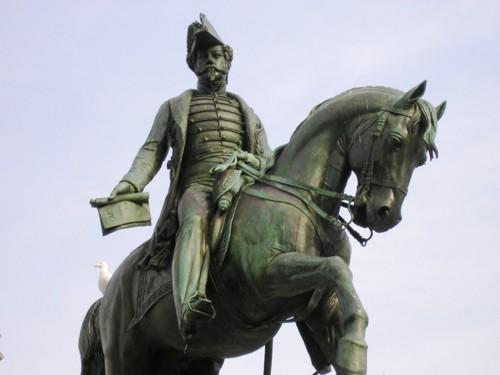 Estatua_D_Pedro_IV_b_(Porto)[1].jpg
