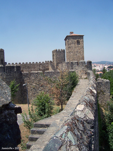 Castelo de Bragança: Muralha