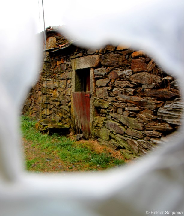 Porta na Quinta da Taberna - HS.jpg