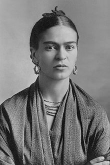 Frida_Kahlo,_by_Guillermo_Kahlo.jpg