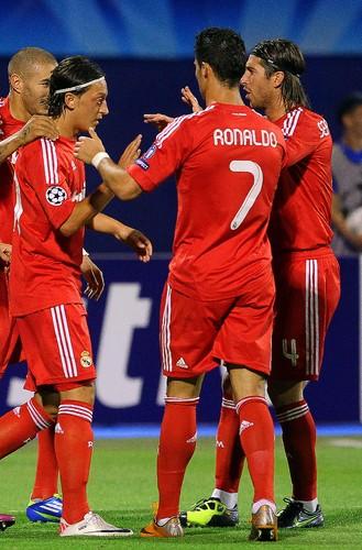 LC: Dinamo Zagreb-Real Madrid