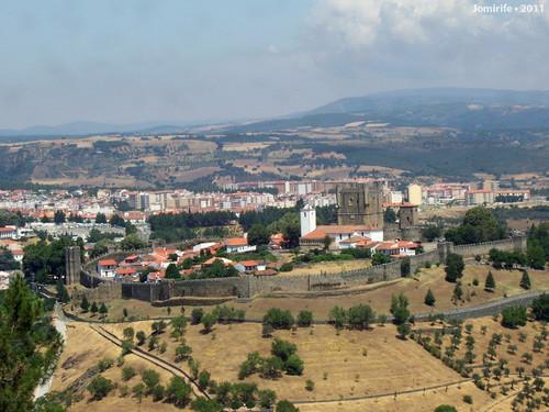 Castelo de Bragança: Visto da serra