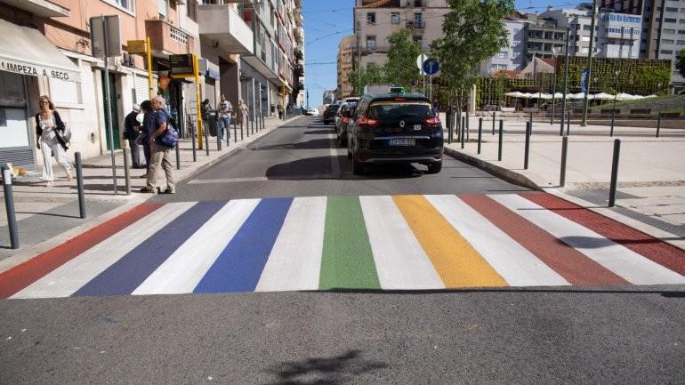 passadeira_gay.jpg