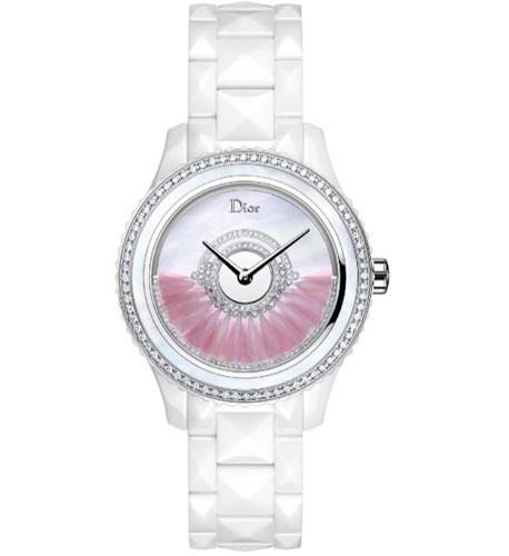 1feae63e8b9 Já sabemos que da Dior podemos esperar sempre as mais maravilhosas peças