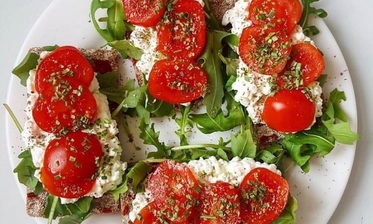 tomateandmozarella.jpeg
