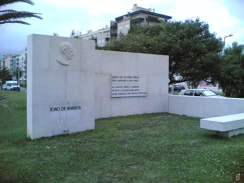 Figueira da Foz, Jardim João de Barros: Monumento