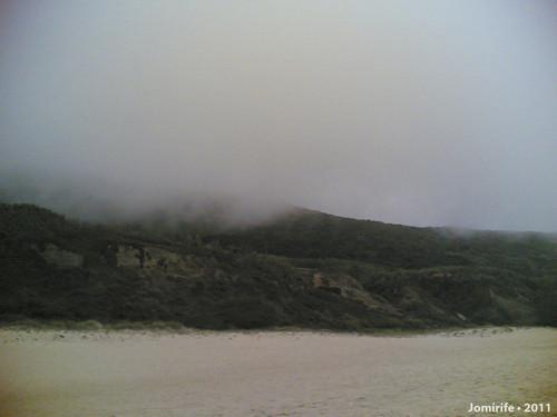 Praia de Quiaios, Serra coberta com nevoeiro