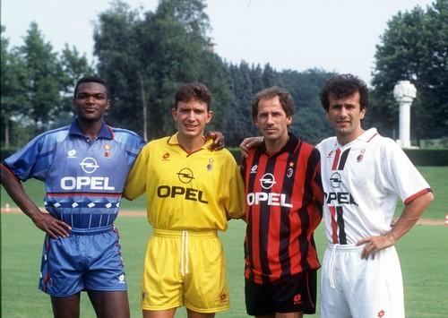 Milan_1995-96_-_Desailly,_Eranio,_Baresi,_Savićev