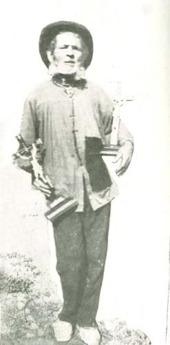 O vendedor de Cristos (Cliché de Joaquim Olavo).j