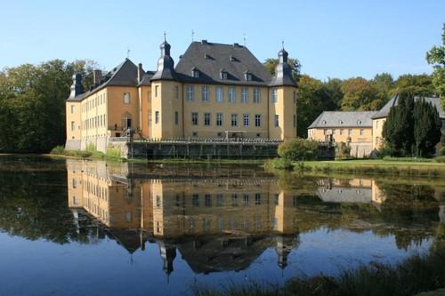 Schloss_Dyck,_Gemeinde_Jüchen.jpg