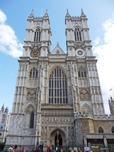 West_Side_of_Westminster_Abbey,_London_-_geograph.