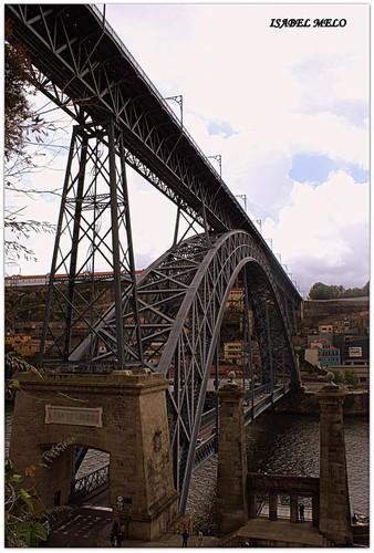 porque a ponte é uma passagem...