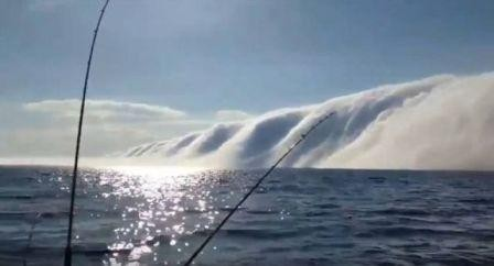 Lake Michigan roll cloud.jpg