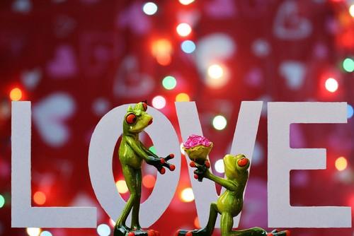 love-1142665_1920.jpg