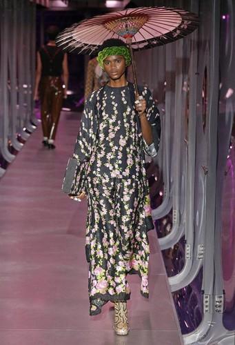 Gucci-desfile-FW17-11.jpg