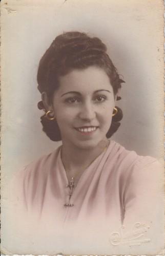 Maria José Alves Pereira da SIlva com 18 anos