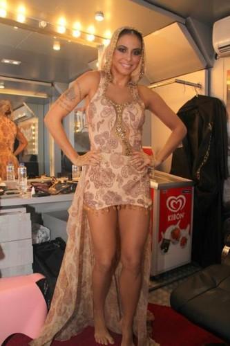 Alinne Rosa (cantora).jpg