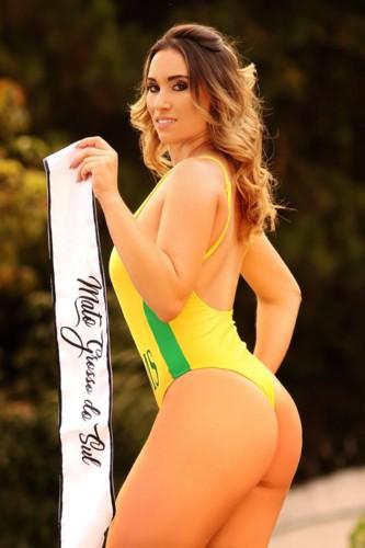 Rafaela Oliveira 5.jpg