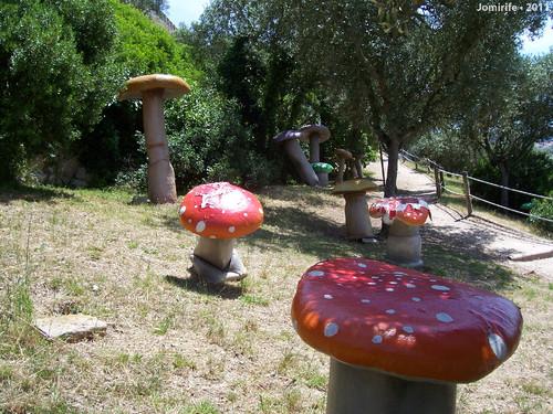 Castelo de Óbidos: Cogumelos falsos