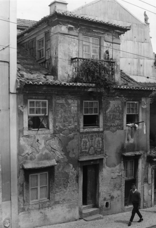 Registo de Santos na Rua das Amoreiras, 1960, foto