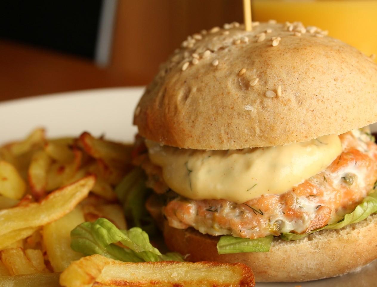 hamburger-de-salmao-na-bimby.JPG