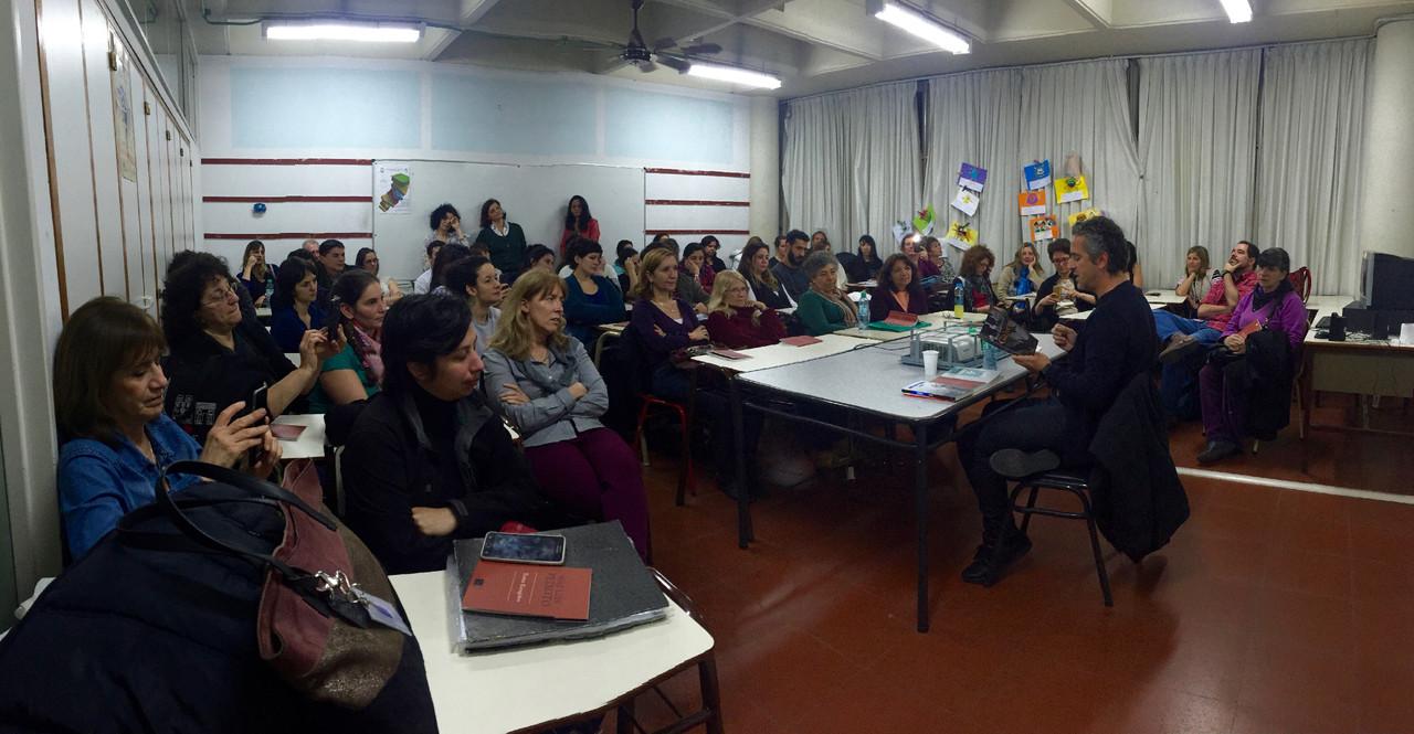 Escuela Superior en Luengas Vivas.jpg