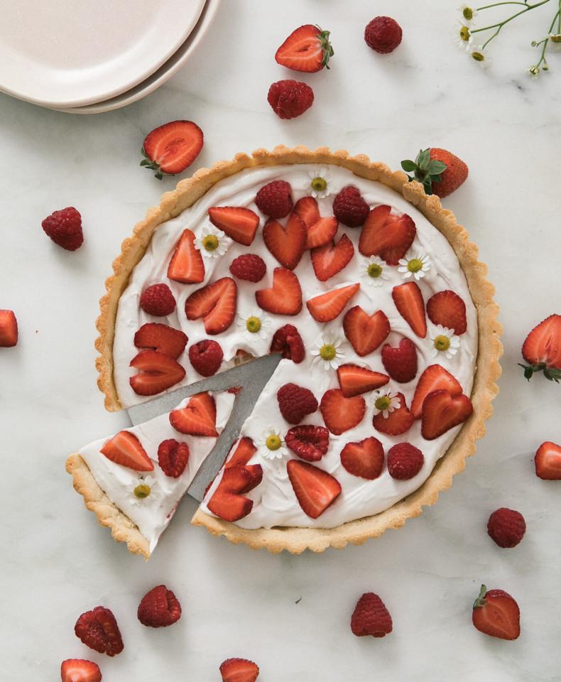 GlutenFreeStrawberryTart-7.jpg
