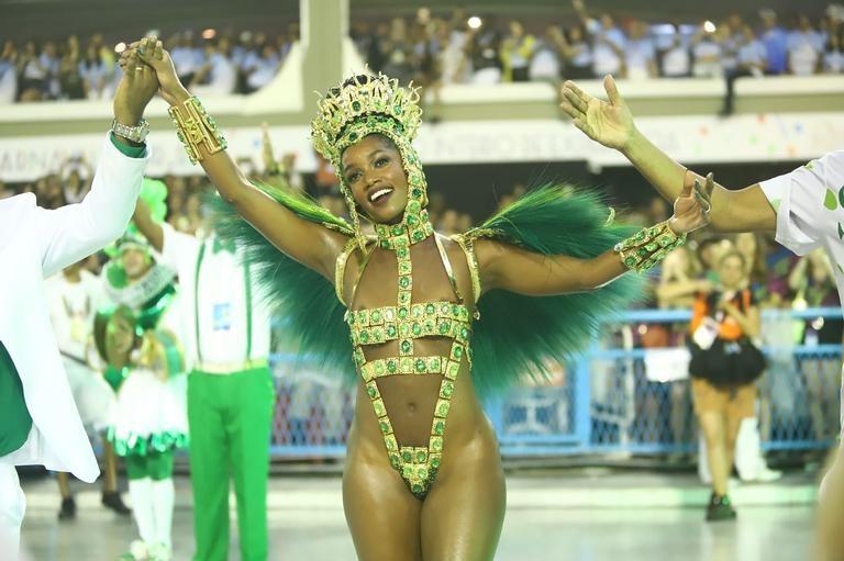 Iza 2 (Carnaval Rio 2020).jpg