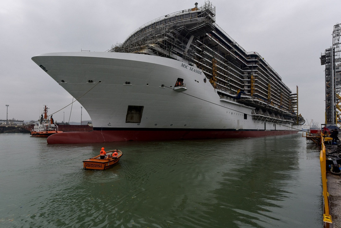 MSC Seaside being transferred to the wet dock at t
