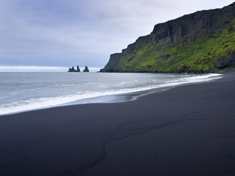 beaches-europe-vik-iceland-GettyImages-123514632.j
