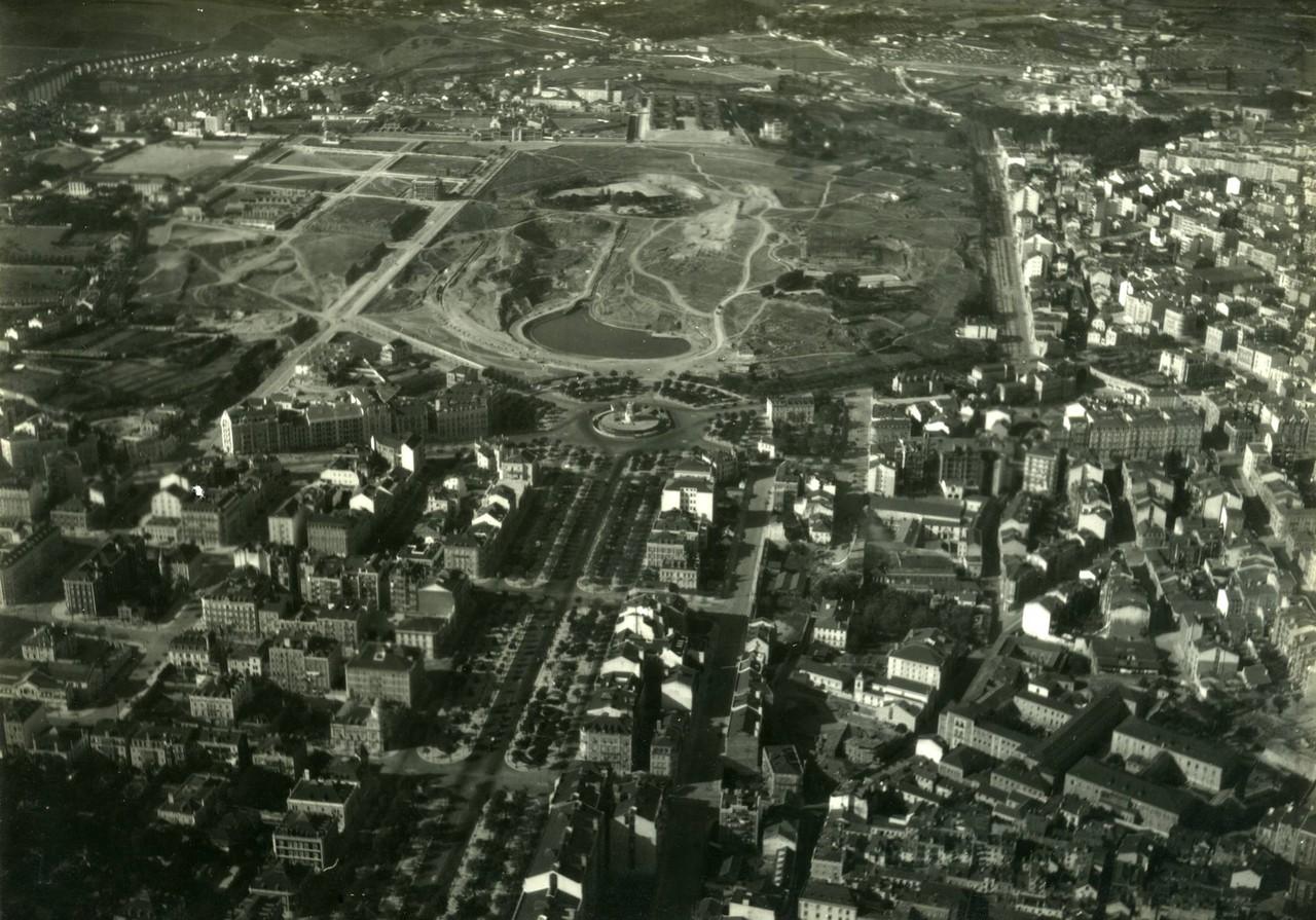 Fotografia aérea da avenida da Liberdade, Marquê