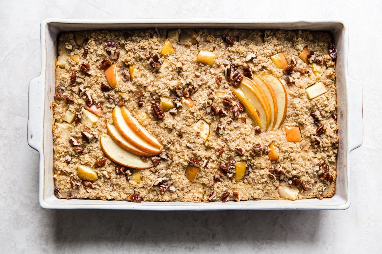 baked-oatmeal-with-apples-11_735a59e3fc456763c9158