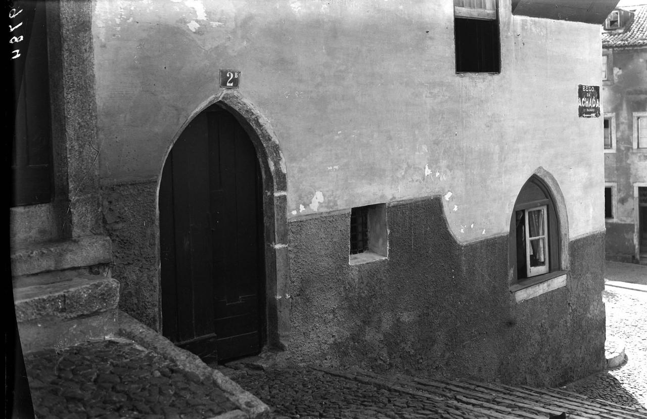 Beco da Achada, anos 40, foto de Eduardo Portugal,