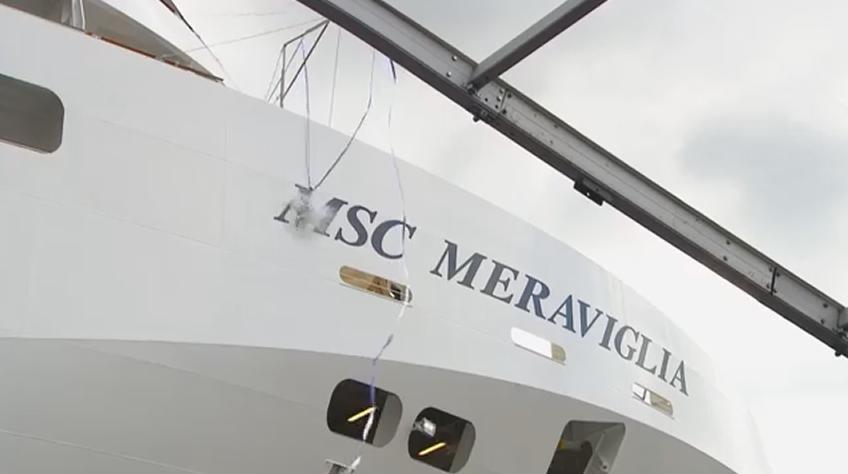 MSC Meraviglia - cerimonia mudança bandeira.png